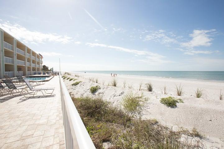 Perfect Beachfront Condo 20 steps to beach