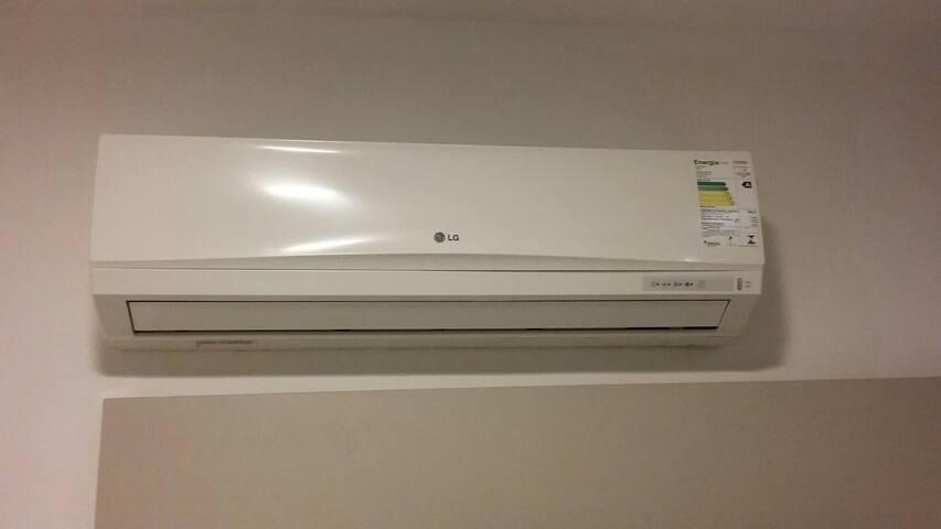Ar Condicionado Split, nos quartos.