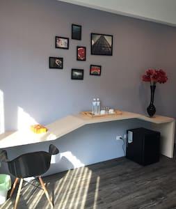 景觀 個性 紫羅蘭 雙人房 工業 - 宜蘭