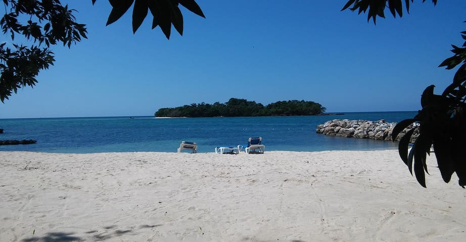 *New* Point Village Negril-Beach,Sand,Sleep,Exhale