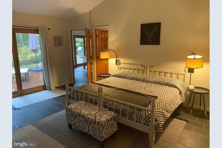 Master Bedroom (king) - a large, regal space with fireplace and private bathroom