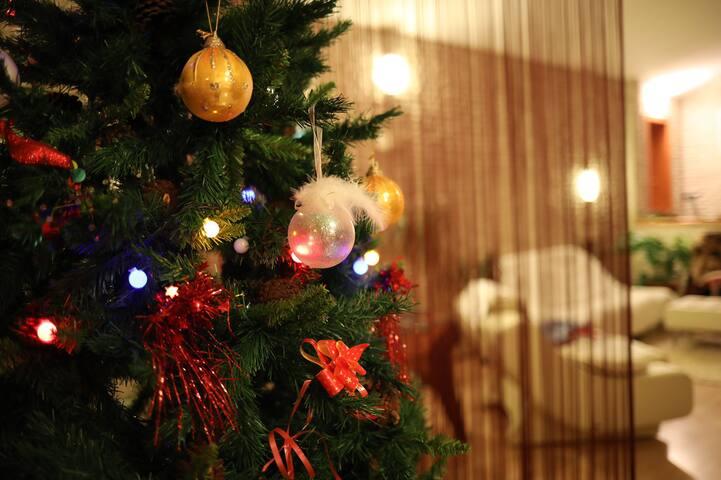 Сказочный дом на Новый год