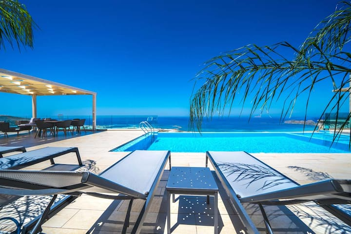 A SeaView Villa you will never forget*