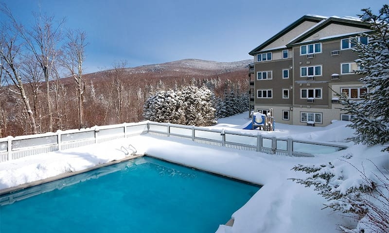 Come Ski at Smugglers Notch! 2 BR for 8 guests!