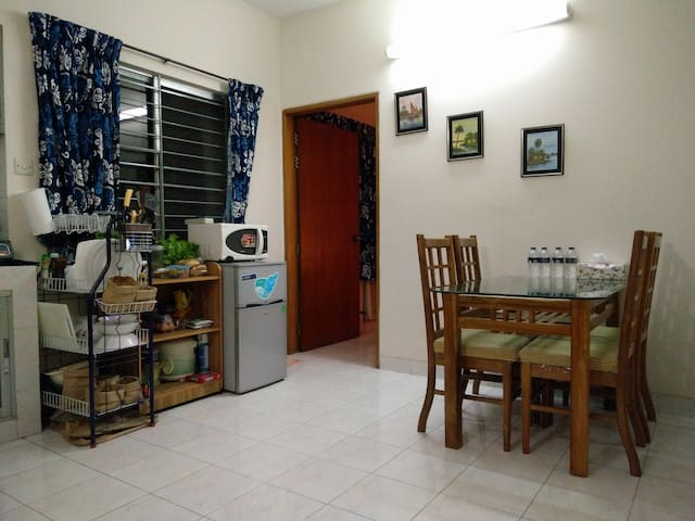 Bright, Cozy, Homely, Secure Studio Apartment. - Dhaka - Wohnung