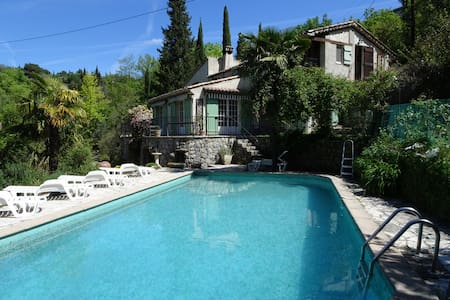 Woodlands villa walking distance Fayence village - Fayence