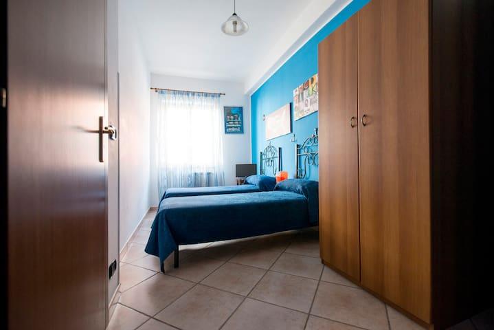 2° Camera da letto    2° Bedroom