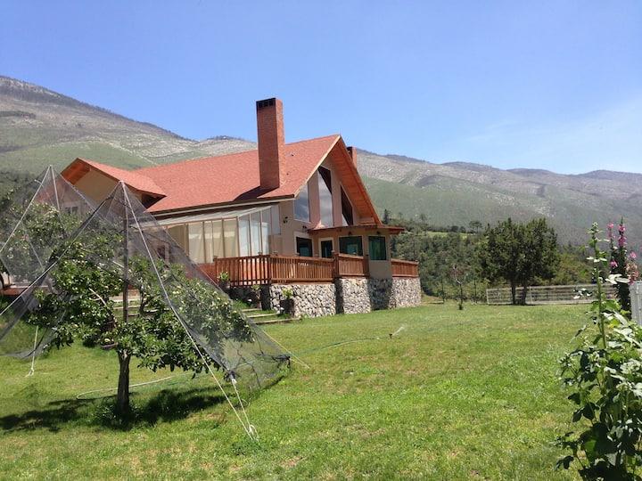 Espectacular Cabaña de Lujo en la Sierra de Arteag