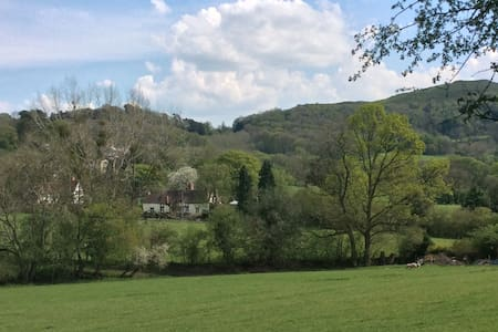 Great Malvern Luxury Private Room/Bathroom 2 Beds - Colwall - Bed & Breakfast