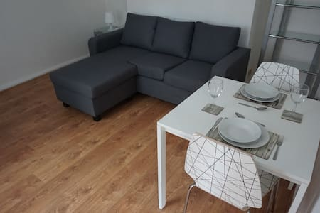 One Bed Duplex Apartment with Parking - Salford