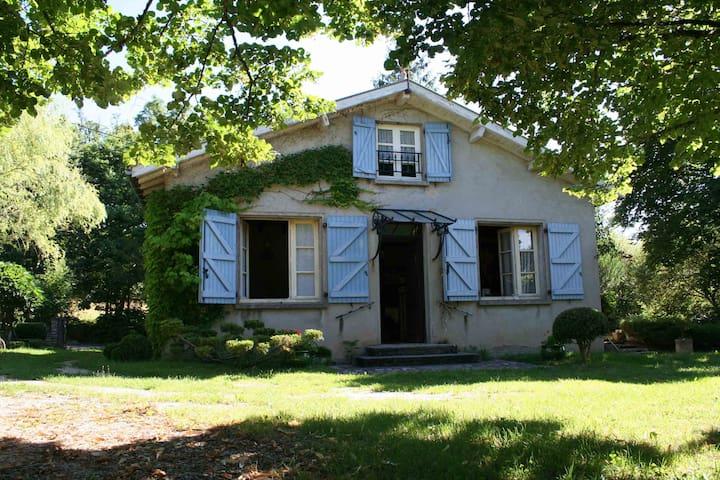 La Garenne - Lacapelle-Marival - Huis