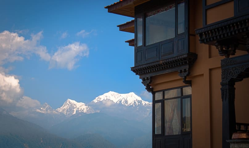 The Chumbi Mountain Retreat- Hermitage Block - Pelling