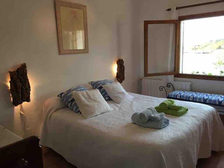 Bed and Breakfast.Habt.Tagomago. 150€/noche.