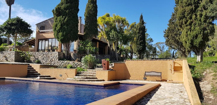 Finca Alzinar, w private pool in quiet surrounding