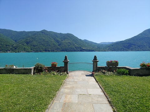 Joyau surplombant le lac Lugano
