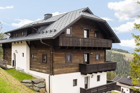 Beautiful Apartment in Sonnenalpe Naßfeld with Sauna