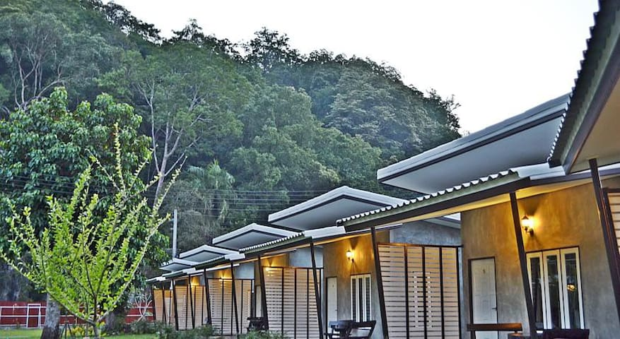 V Valley Resort Satun - Tambon Phiman - Bungalov