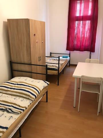 Zimmer für 2 Personen AS-4