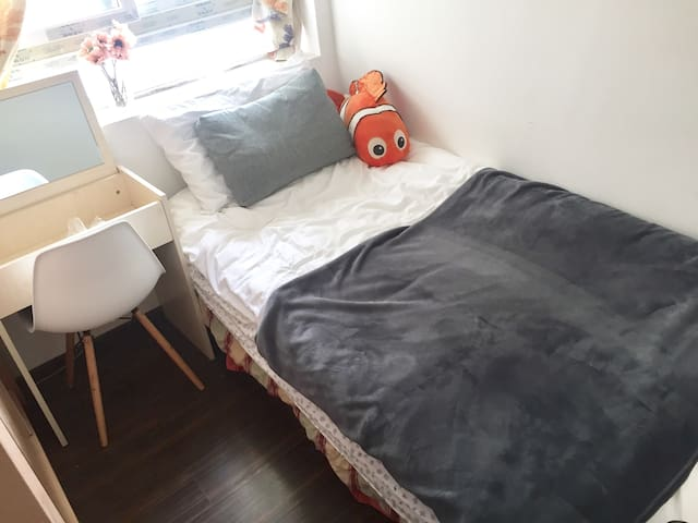 女生公寓福田区景田站D出口