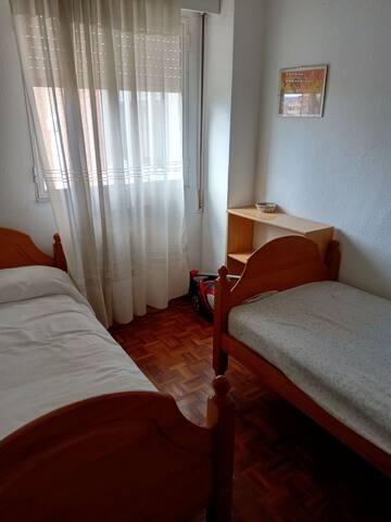 Cuarto privado Guadalajara, España