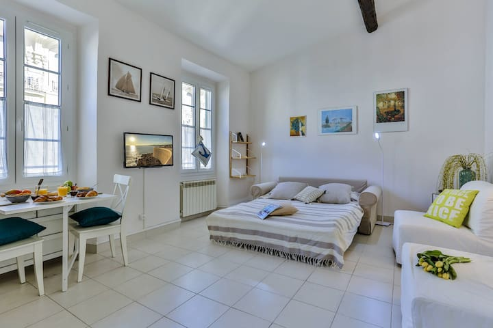 All new apartment - 100 meters away from the beach