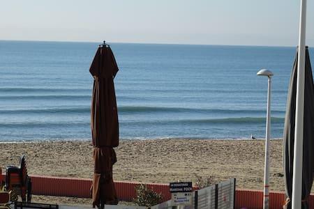 Studio avec terrasse face mer - Palavas-les-Flots - Apartemen