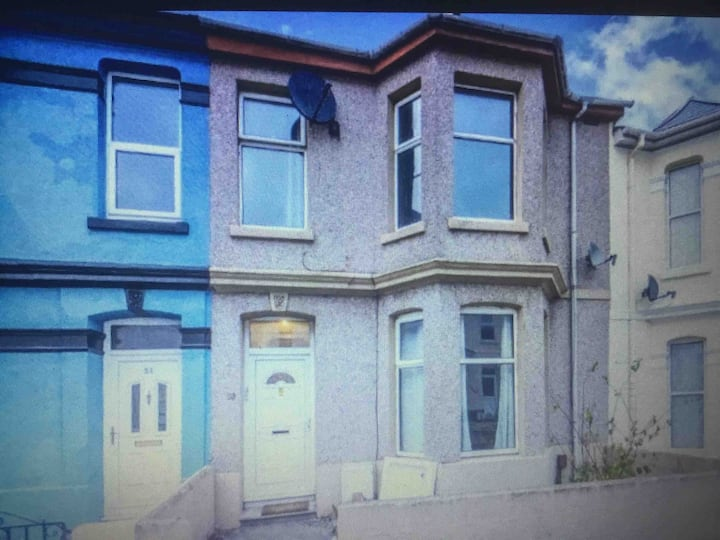 House close to City Centre for Temporary stay