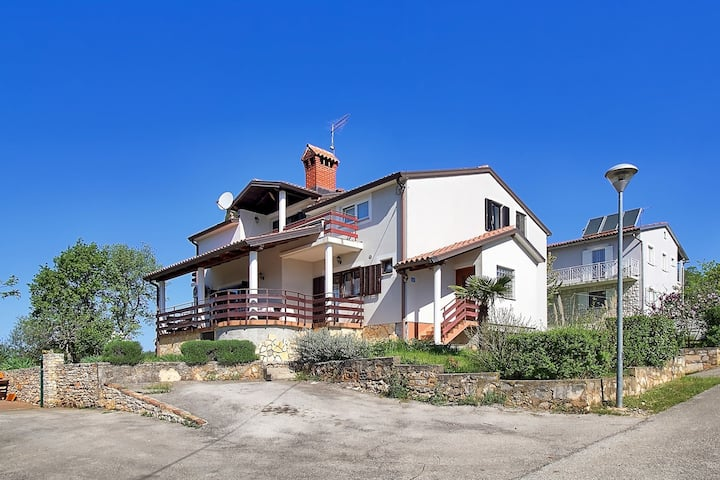 EVA house with apartment