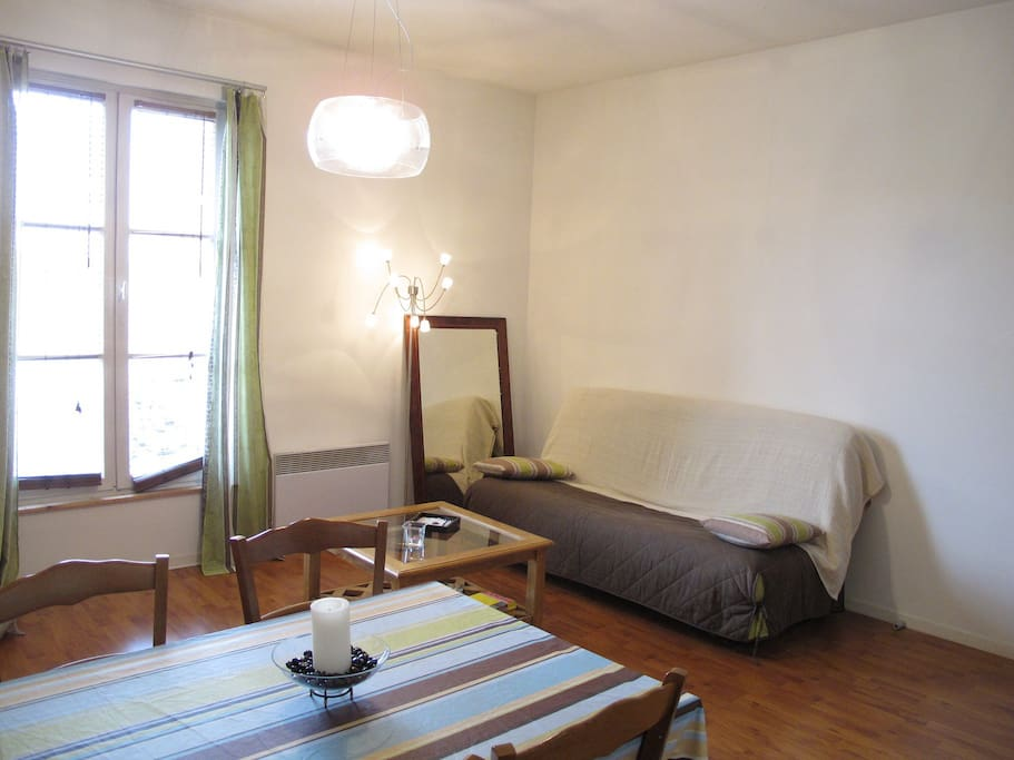 Appart chartrons medoc t2 45m appartements louer for Appartement bordeaux chartrons t2