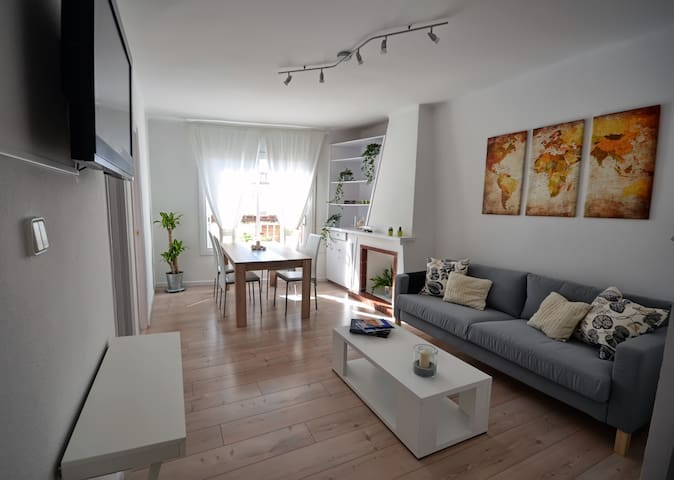 Sunny Apartament in central Sitges