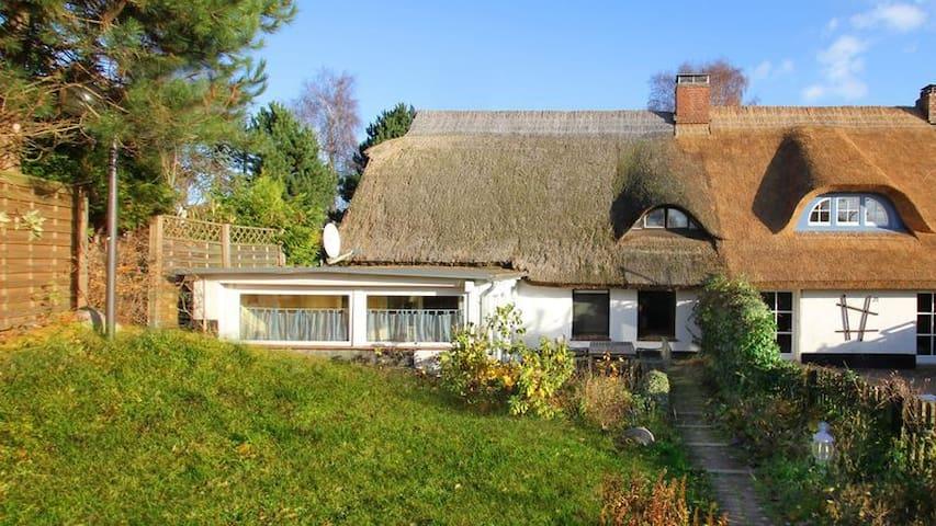 Ferienhaus Froschkönig Doppenhaushälfte - Putbus - House