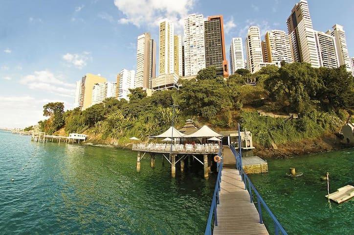 3 Flats Sol Victoria Marina: Charme, Folia e Mar! - Salvador