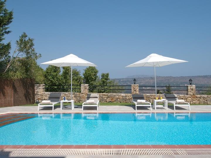 Villa Avra, Vrisses, Crete