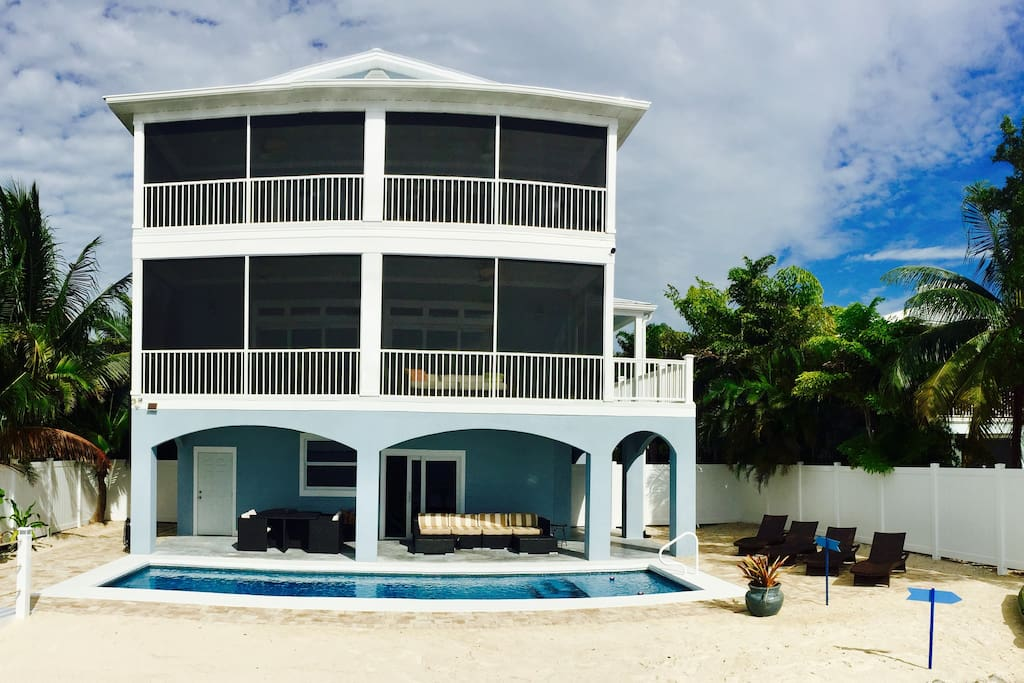 Brand New Beach House right on the Ocean