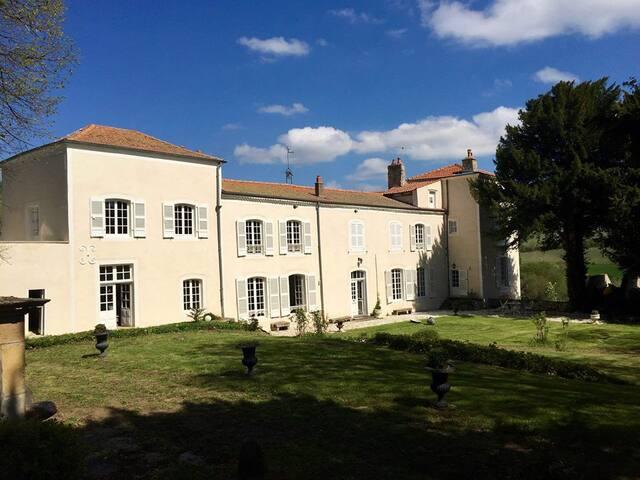Chambres d'hôtes dans un château en Auvergne