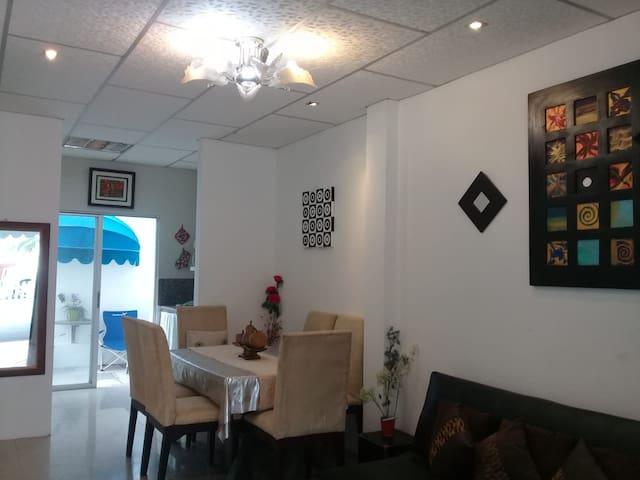 Urb Privada al norte de Guayaquil Urb villaitalia