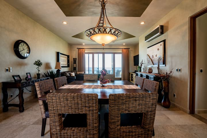 Delight your vacation in this beautiful and private condo at Cerritos Beach!