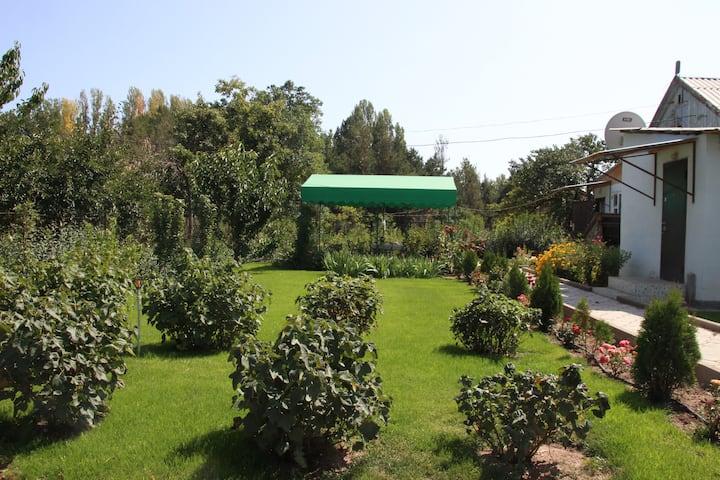 Complete House, Yssyk Kul / полный дом, Иссык-Куль