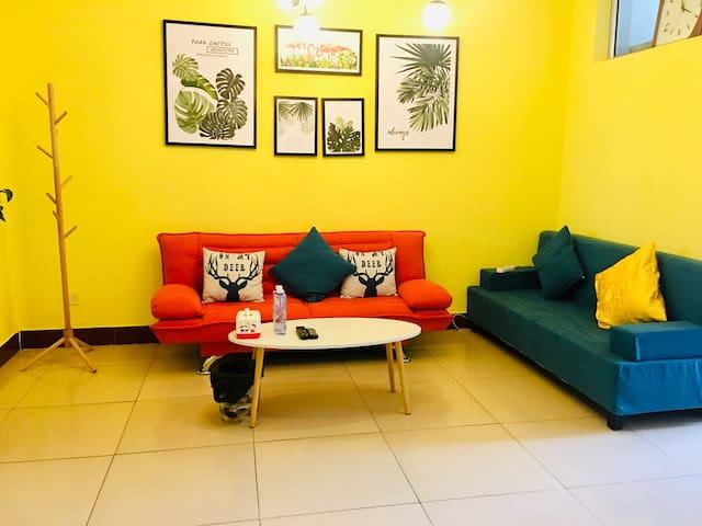 「鸢艺·轻觅」简约-色块碰撞-现代主义风格两居室