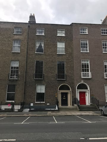 Newly refurbished Studio in Georgian Dublin