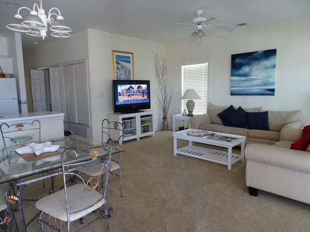 Beach Therapy - Beach Therapy - 2 Bedroom