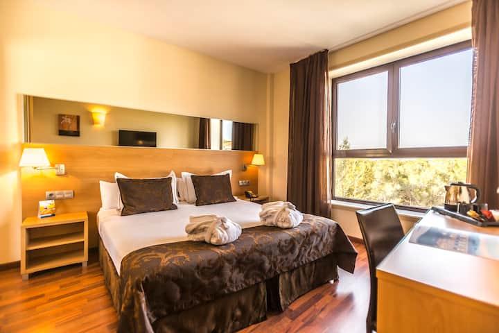 Hotel 4* cerca de Sitges  con desayuno incluido