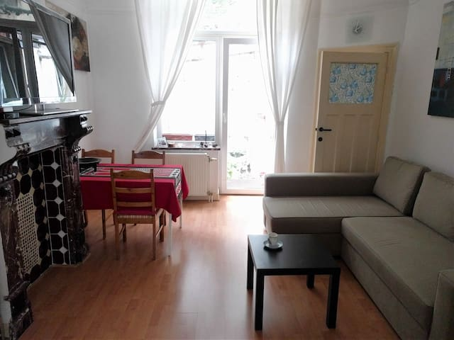 Your home in the EU heart of Brussels - Etterbeek - Departamento