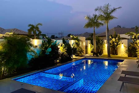 Stunning Spacious Private Pool Villa - Hua Hin