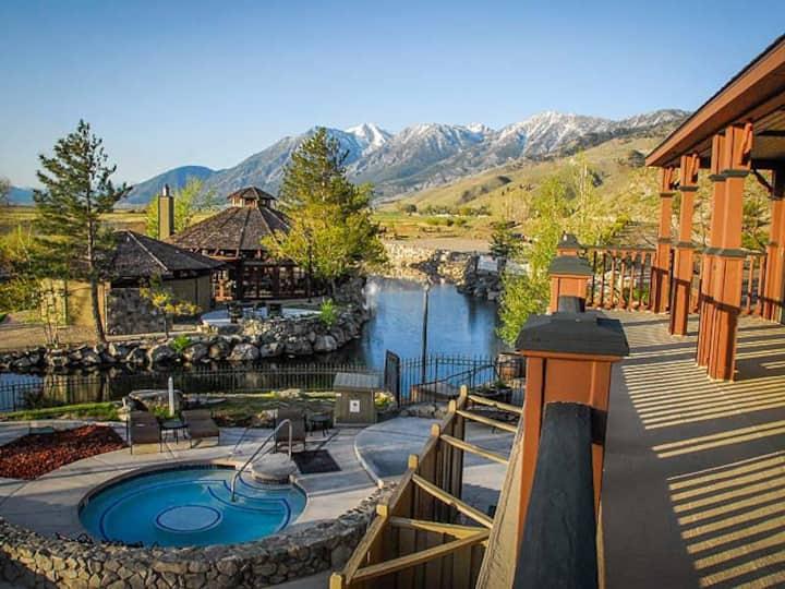 David Walleys Hot Springs & Spa Studio with passes