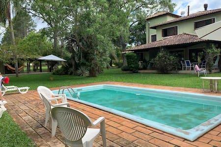 Espetacular casa de campo, no Guaíba Country Club