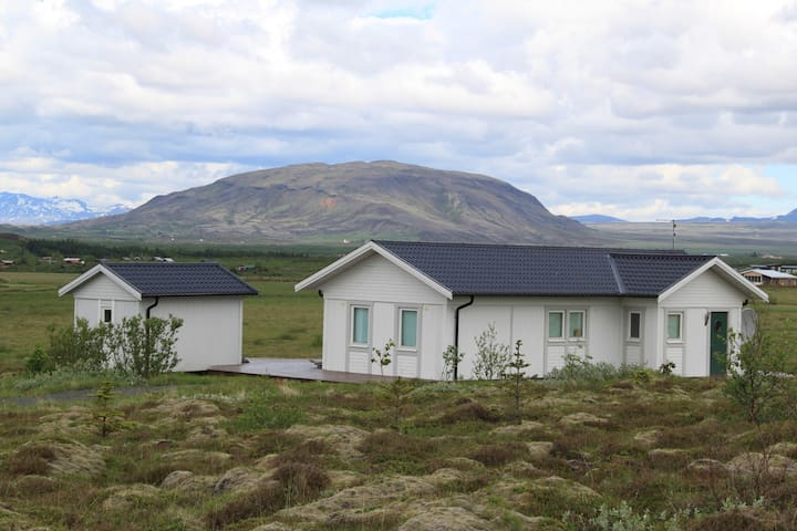 Beautiful Cabin near Golden Circle and Selfoss - Grímsnes- og Grafningshreppur - Casa