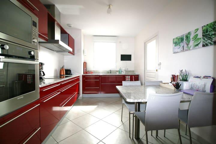 Large premium apartment with panoramic view