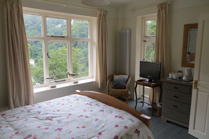 Sandpiper Room, Countisbury Lodge - Lynmouth