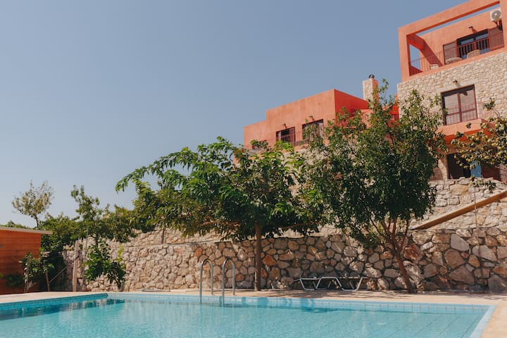Rhodes Retreat - Mirsini